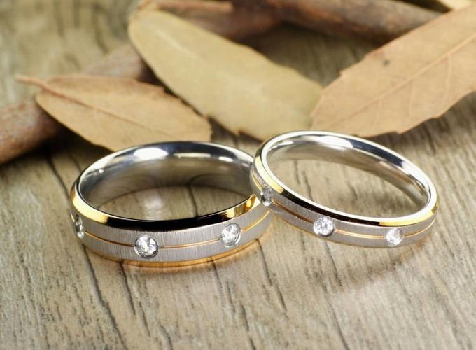 Как правильно выбрать и купить обручальное кольцо на свадьбу