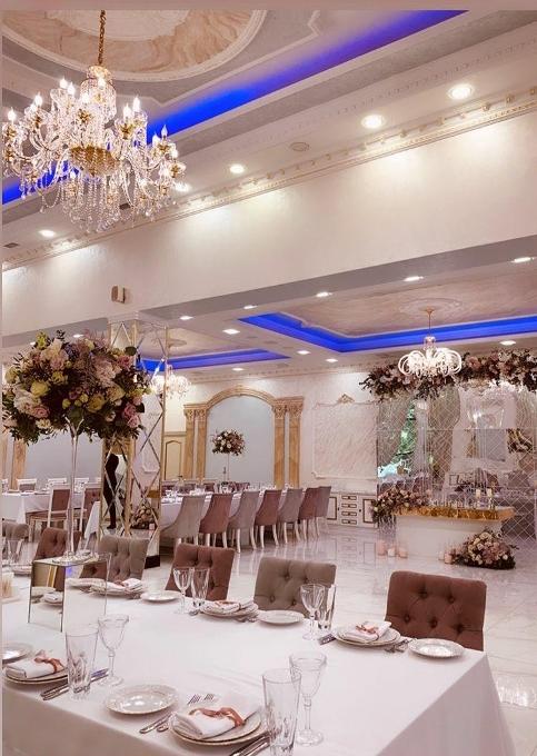 """Роскошный свадебный банкет в загородном ресторане """"TINATIN"""""""