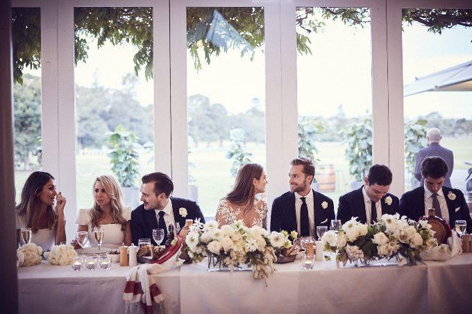 Жених и невеста вместо ведущего