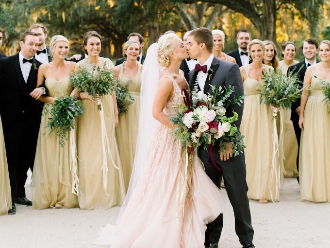Список самых раздражающих гостей свадебных ситуаций