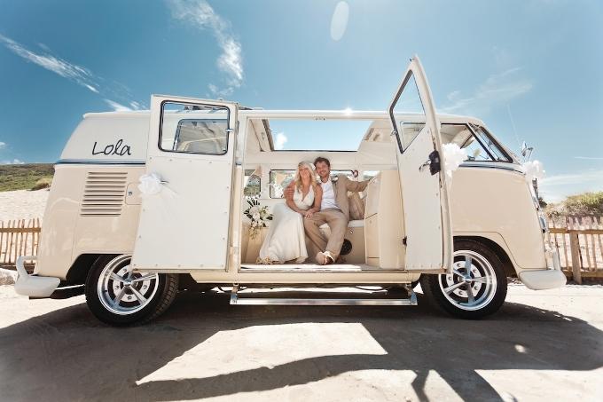 Свадебный кортеж: как выбрать автомобиль на свадьбу