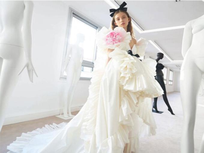 10 свадебных платьев от кутюр из новых коллекций