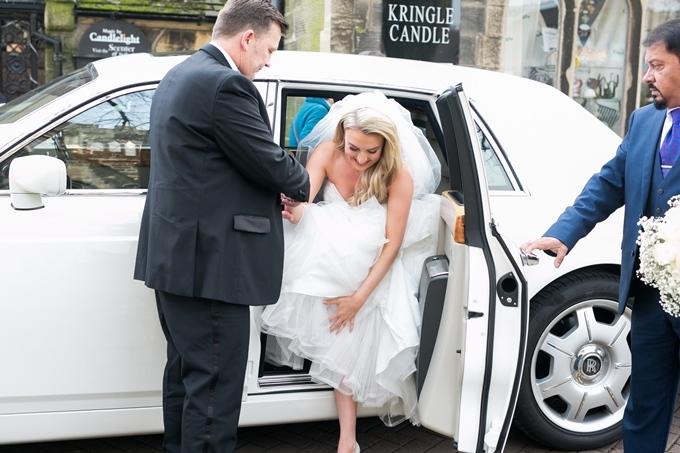 Правила посадки в свадебное авто