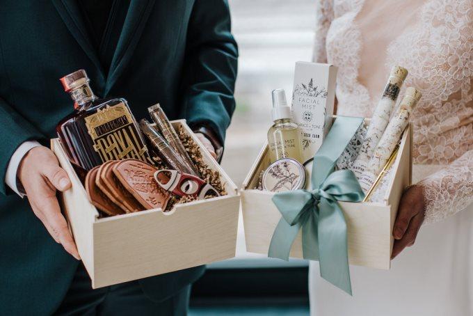 Сколько потратить на свадебный подарок