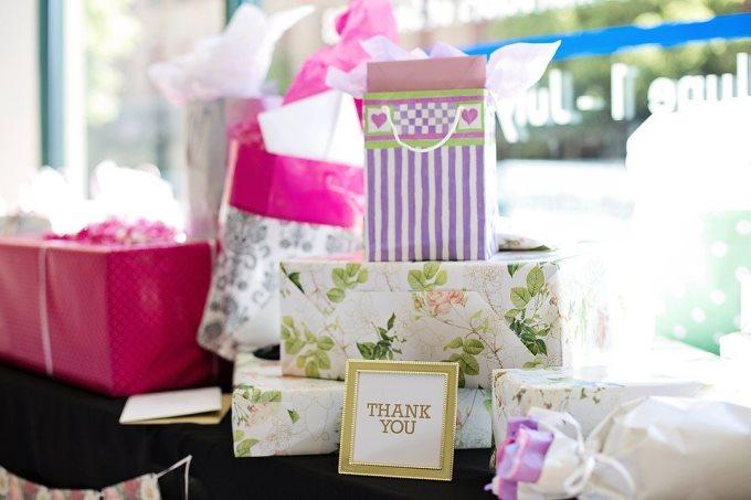 10 беспроигрышных вариантов свадебных подарков