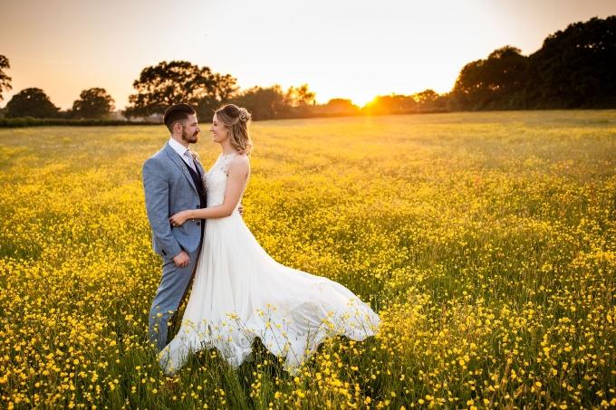 Найкращі пози для весільної фотосесії